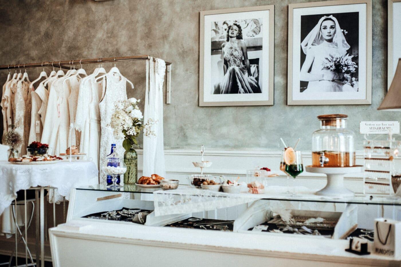 Individuelle Brauttermine bei Jolie Fashion & Braut in Bruchsal
